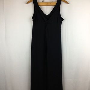 Dresses & Skirts - Black Maxi Dress built in Bra M